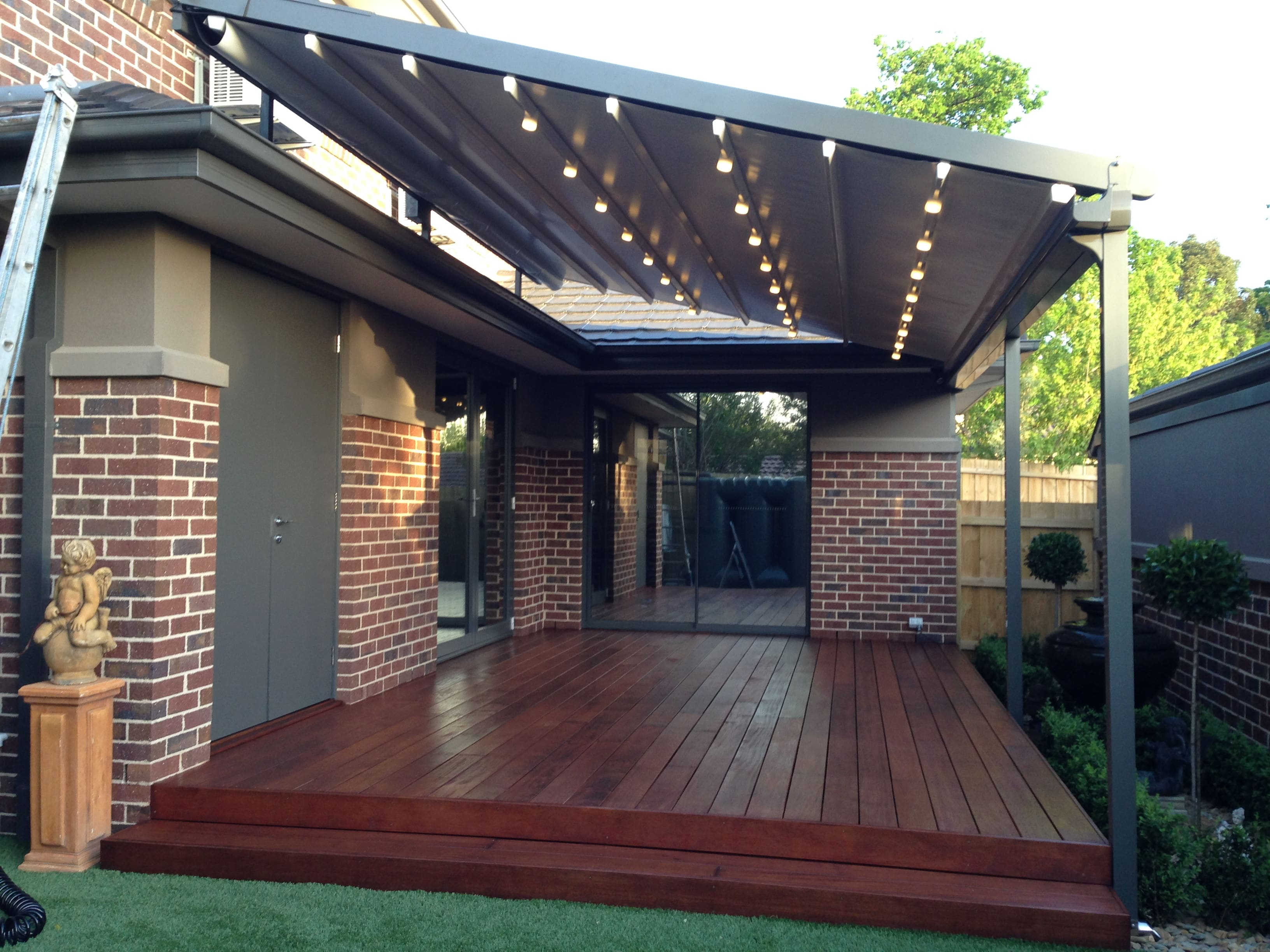 Retractable Pergola & Sun Roof Systems