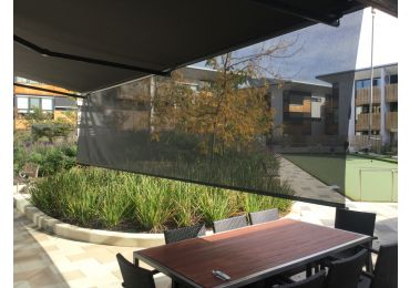 HELIOSHADE CLASSIC Folding Arm Awnings